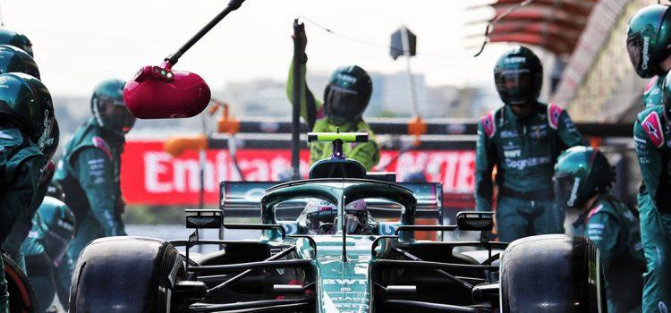 Sebastian Vettel pit-stop